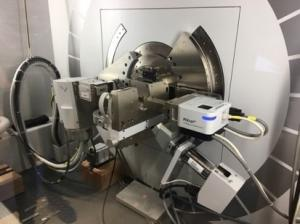 Four-circle X-ray diffractometer (XRD)